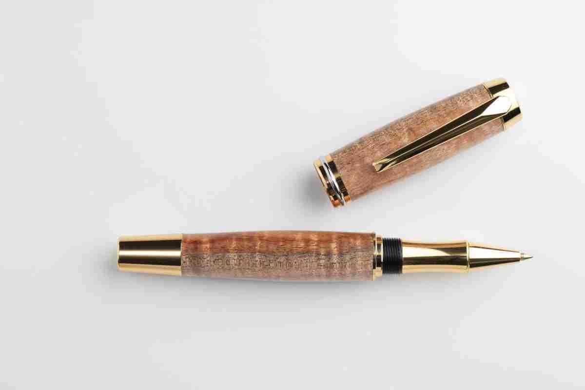 August Pens Dickens Black Wood Figured