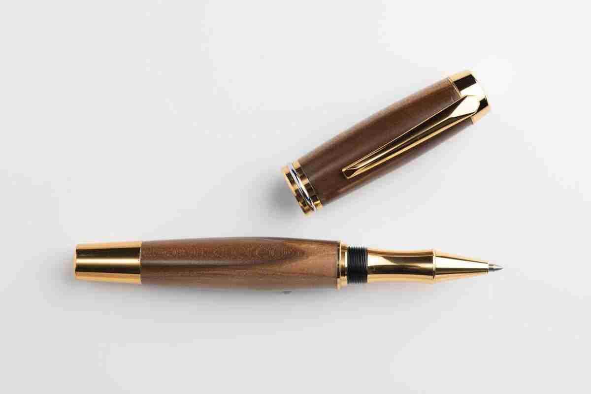 August Pens Dickens Spalted Sassafras